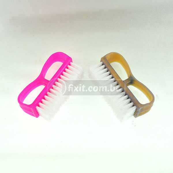 4 Inch Plastic Nail Brush with Handle